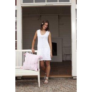 Stickmönster - Spetsstickad klänning
