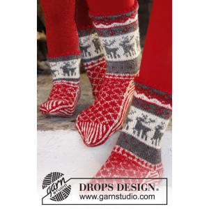 Christmas Stampede by DROPS Design - Sockor  Stick-opskrift str. 26/28