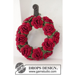 Christmas in Bloom by DROPS Design - Julkrans med blommor Virkmönster