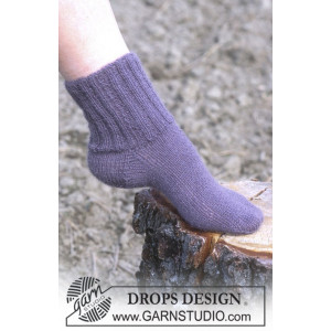 Cosy Rib Ankle Socks by DROPS Design - Sockor Stick-opskrift str. 35/3