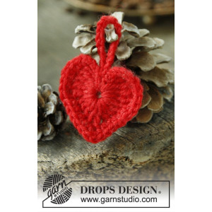 Heart of the Season by DROPS Design - Julhjärtan Virk-mönster 5 cm - 2