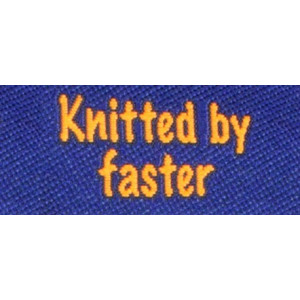 Label dubbelsidig Knitted by Faster Marinblå
