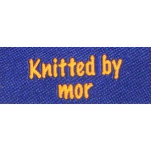 Label dubbelsidig Knitted by Mor Marinblå