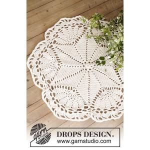 Sparkle & Shine by DROPS Design - Duk och Julgransmatta Virk-mönster 5