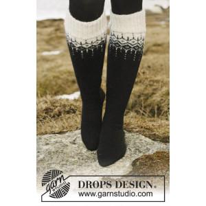 Winter Fantasy Strumpor by DROPS Design - Strumpor Stick-opskrift str.